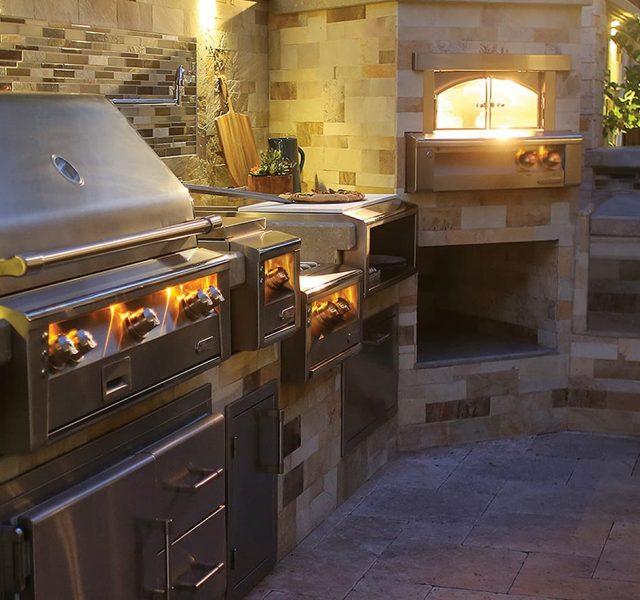 Alfresco kitchen grill for outdoor kitchen